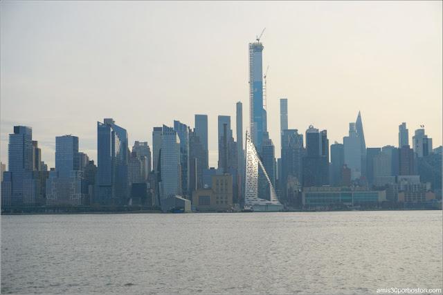 Vistas de Nueva York desde el Mirador Paisajístico en Edgewater Waterfront, New Jersey