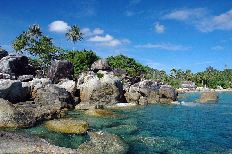 wisata belitung pantai tanjung tinggi