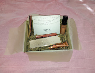 Preview Look Fantasic X Iconic London Beauty Box