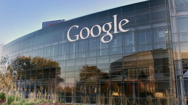 بعد الهواتف الذكية جوجل تحضر مفاجأة جهازين جديدين