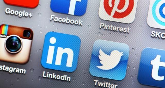 إنشاء حساب على LinkedIn لتطوير السيرة الذاتية