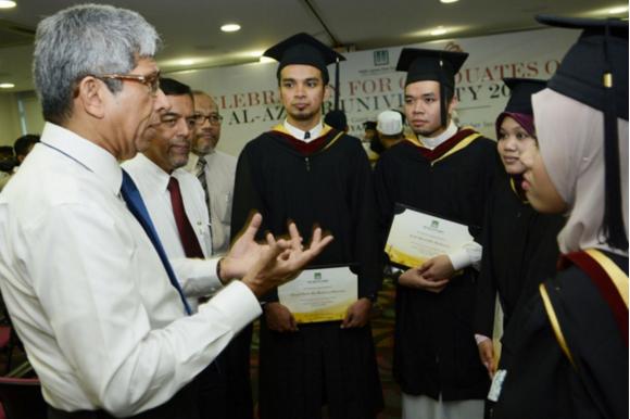 """Coba untuk Buktikan Ayat Rezeki, Mahasiswa Al Azhar Lakukan """"Ini"""", Hasilnya Mengejutkan!"""