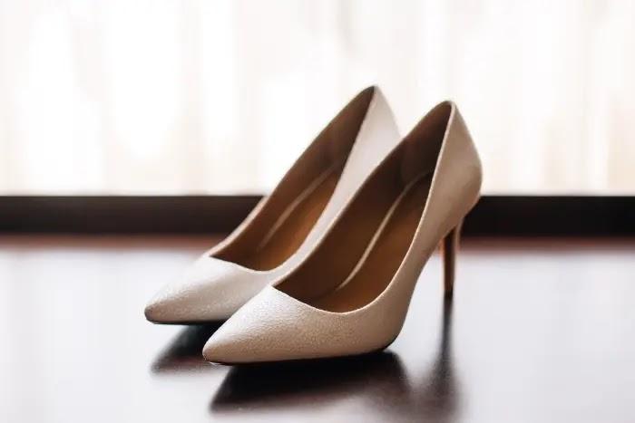 cara menggunakan high heels agar nyaman di kaki
