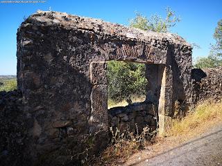 OTHER DOORS / Outras Portas, Castelo de Vide, Portugal