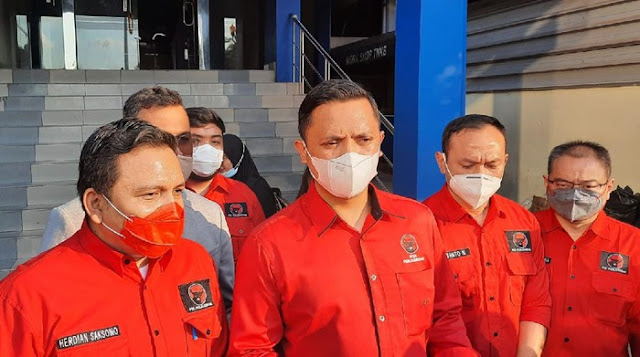 PDIP DKI Tantang Hersubeno Sebut Nama Dokter soal 'Megawati Koma'