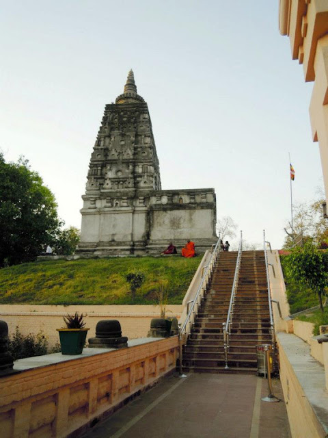 The Animesha Lochana Chaitya at the Mahabodhi Temple, Bodhgaya. Lord Buddha spent the second week after his enlightenment standing here in meditation, looking at the Bodhi Tree with motionless eyes (animesha lochana)