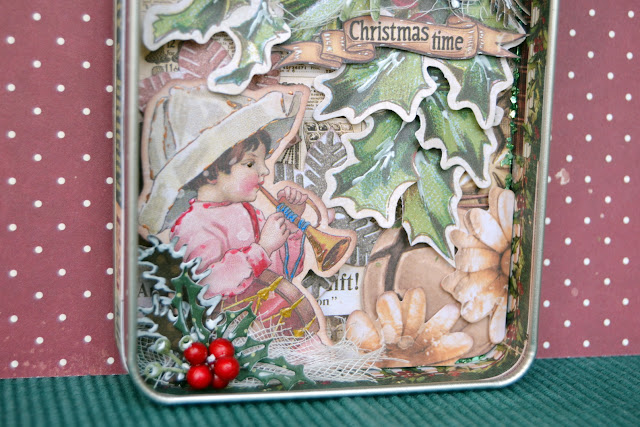 Christmas Treasures_Altered Tin_Denise_06 Sep 04