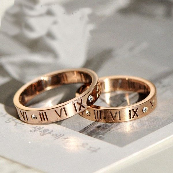 Nhẫn cưới vàng 18k khắc chữ