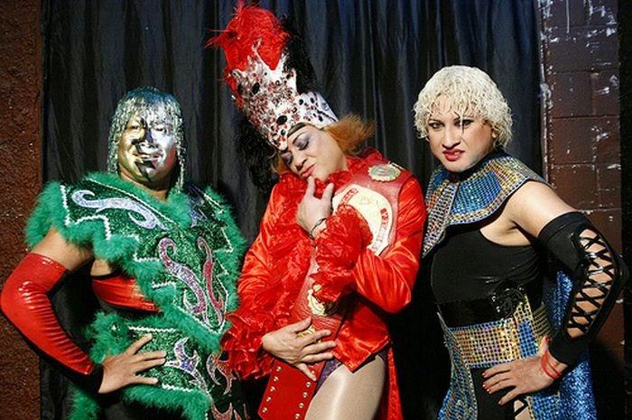 Polvo de Estrellas-Pimpinela Escarlata-Pasión Cristal-triple aaa wrestling