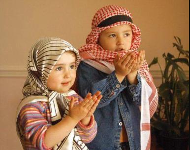 3 Manfaat Mengajarkan Kebaikan Beragama pada Anak