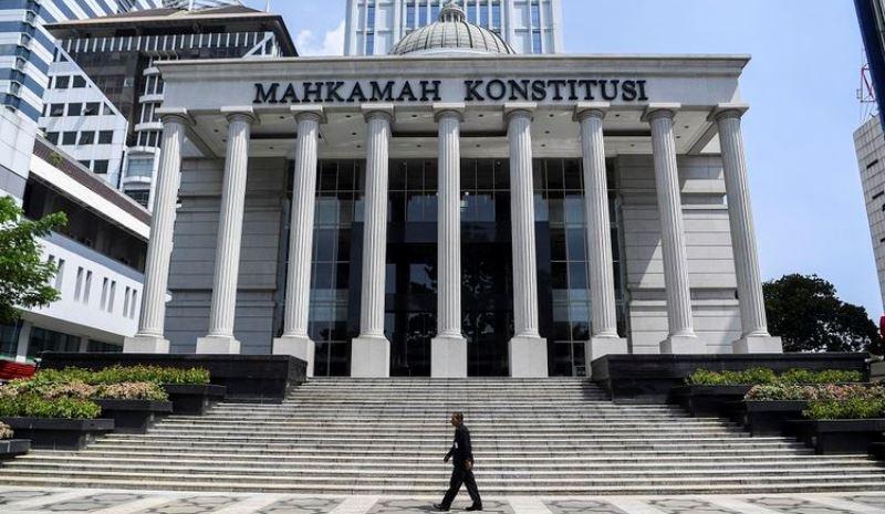 Jokowi Teken UU Cipta Kerja, Sejumlah Elemen Buruh Gugat Judical Review ke MK