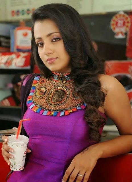 Indian Actress Trisha Krishnan Photos