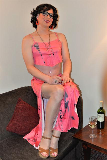 Crossdress in Pink lingre