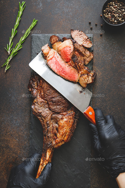 imagem-homem-cortando-churrasco-gratis-evato-julho-2019-blog-design-total