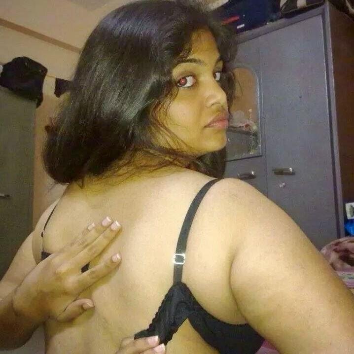 Madras Aunty Nude