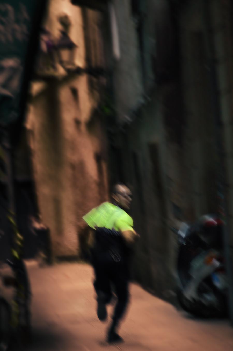 Police Chase in La Ribera Quarter