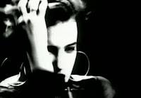 videos-musicales-de-los-80-martika-i-feel-the-earth-move-under-my-feet