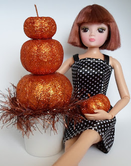 Stacked Pumpkin Topiary for Barbie