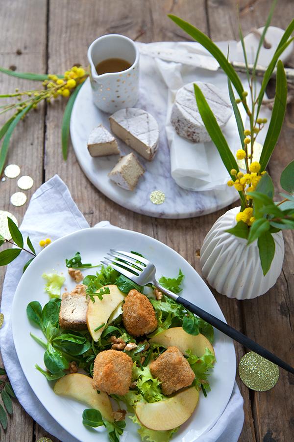 Joséphine pané, salade aux pommes, noix et vinaigrette acidulée