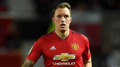 DONE DEAL! Jones Signs New Man Utd Contract