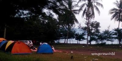 tempat camping di pantai cengkrong