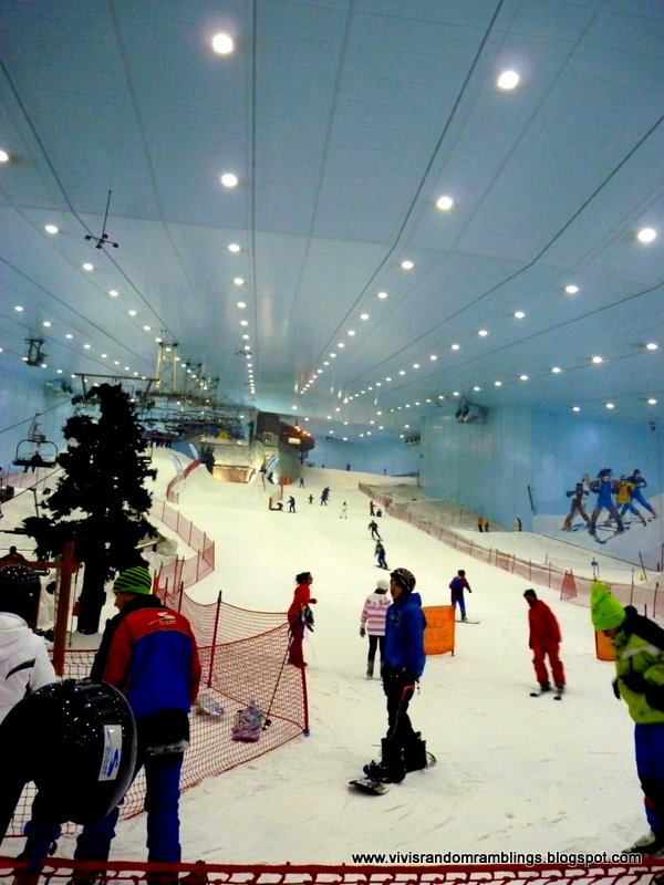 Vivi S Random Ramblings Ski Dubai The First Indoor Ski