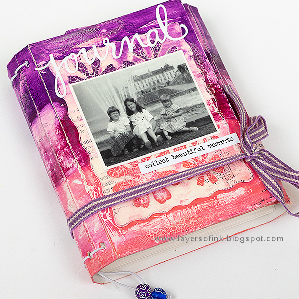 Layers of ink - Wrapped Journal Tutorial by Anna-Karin Evaldsson with the Wrapped Journal Book Club 2 die by Eileen Hull Sizzix.