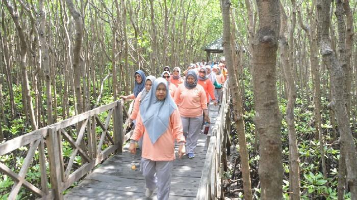 Ketua Dharma Wanita Sulsel Puji Kekayaan Alam Obyek Wisata Sinjai