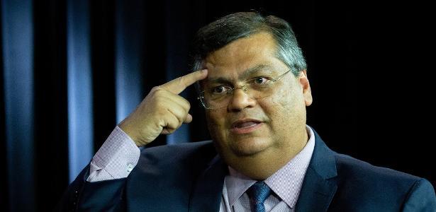"""Governador Flávio Dino deu um """"embargo de gaveta"""", na Lei dos consignados"""