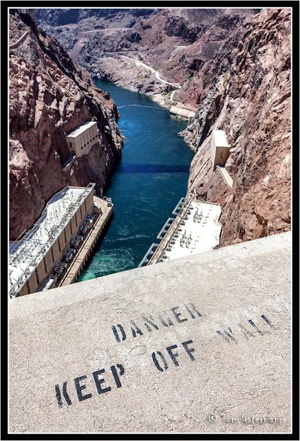 Danger keep off of the wall at the top Hoover Dam.