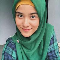 foto ashira zamita pakai jilbab hijab kerudung