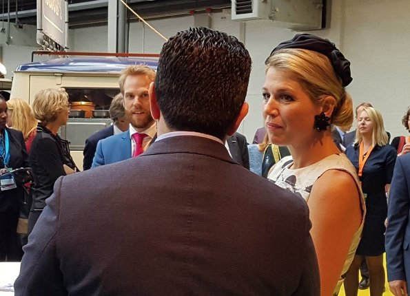 Queen Maxima visited Smart Solutions Expo and the panel session Lets go Global Health. Queen wore Natan dress