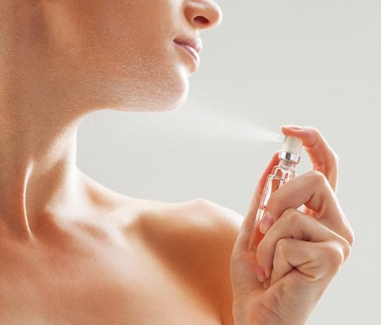 Phương pháp giúp giữ hương nước hoa được lâu hơn