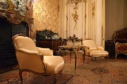 Why Would to Choose the Antique Chairs for your Home Improvement?