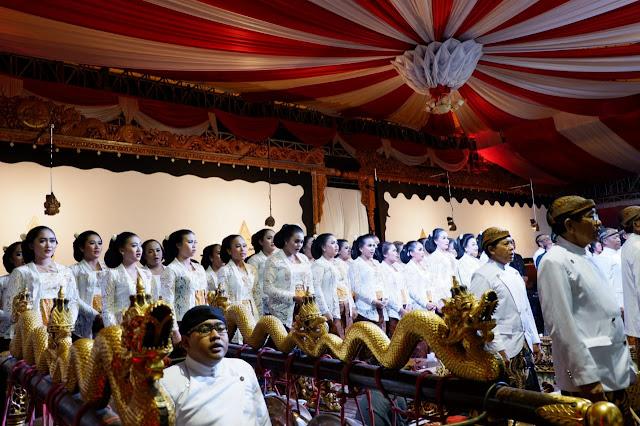 KodimKaranganyar - 102 Sinden Meriahkan HUT ke 102 Kabupaten Karanganyar