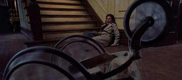 películas de terror al final de la escalera silla de ruedas