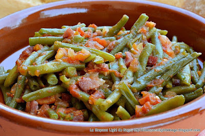 http://laempanalightdebego.blogspot.com.es/2016/08/judias-verdes-con-tomate-y-jamon.html