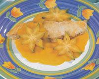 sabor do peixe com frutas tropicais