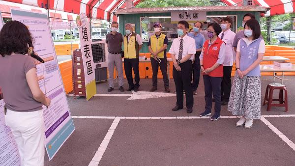全國首座家用快篩DIY衛教站 在彰化市成功停車場啟用