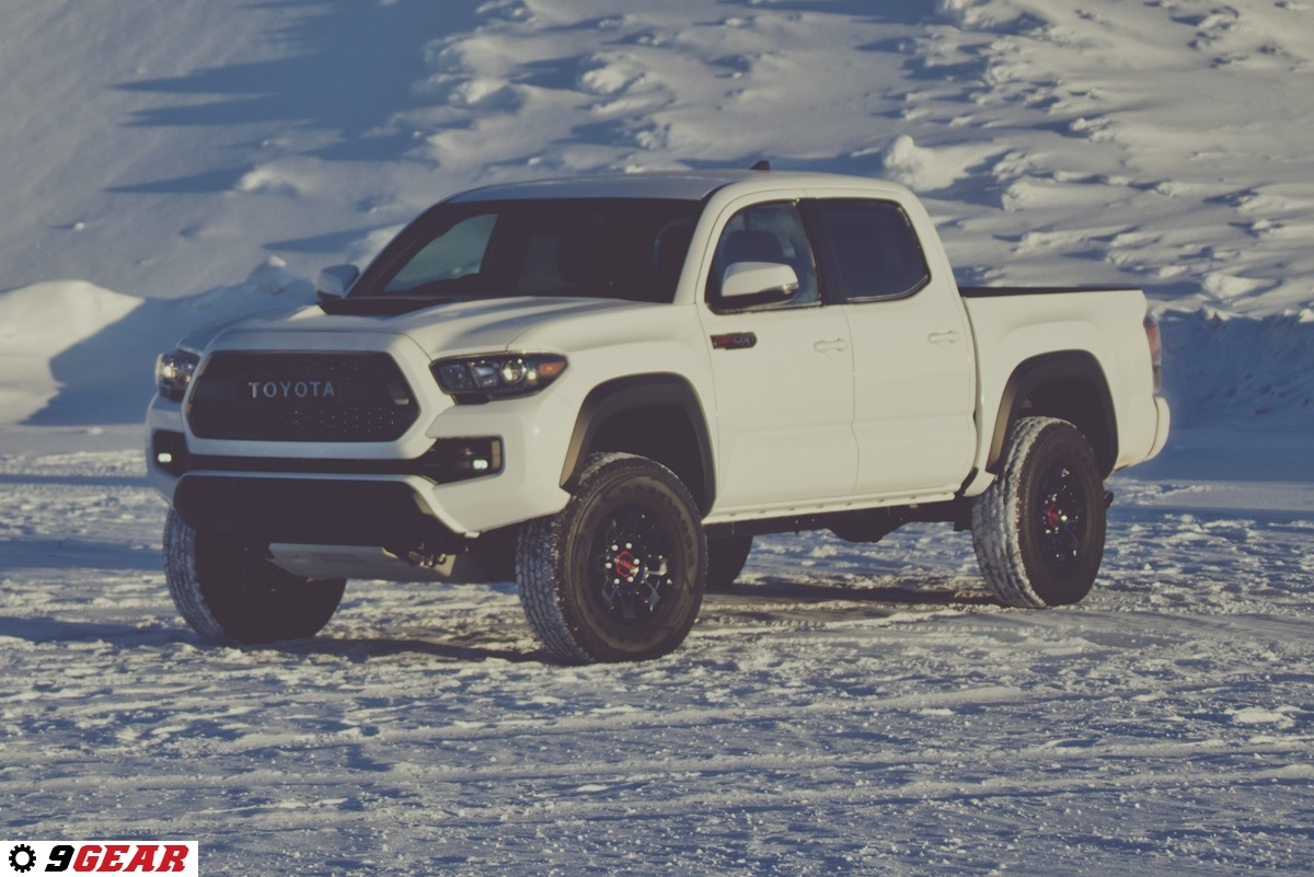 2017 toyota tacoma trd pro is an extreme off roader car. Black Bedroom Furniture Sets. Home Design Ideas