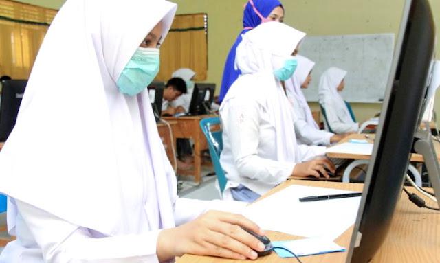 PENTING Buat Pelajar..!! Ujian Nasional 2020 Dihapus, Kelulusan Ditentukan Nilai Raport