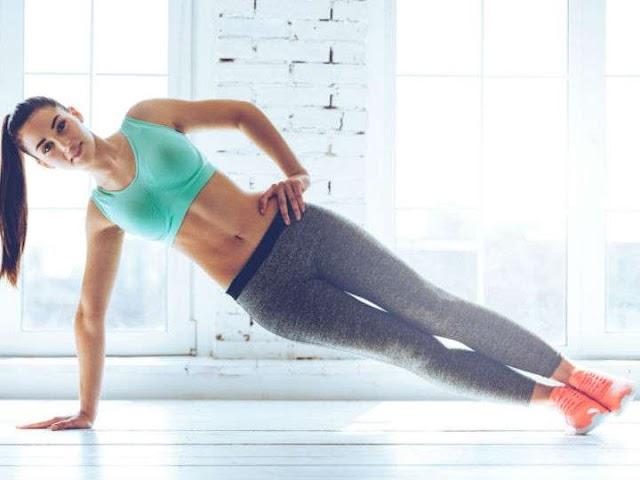 Entrenamiento de plancha para abdomen plano a los 30