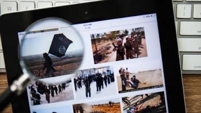 Grupos terroristas radicalizan y reclutan a sus seguidores a través de la red.