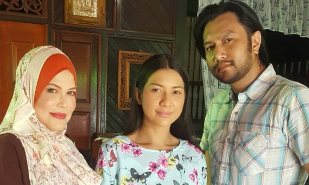 Sinopsis Drama Beri Sedikit Waktu Lakonan Aqasha & Zara Zya