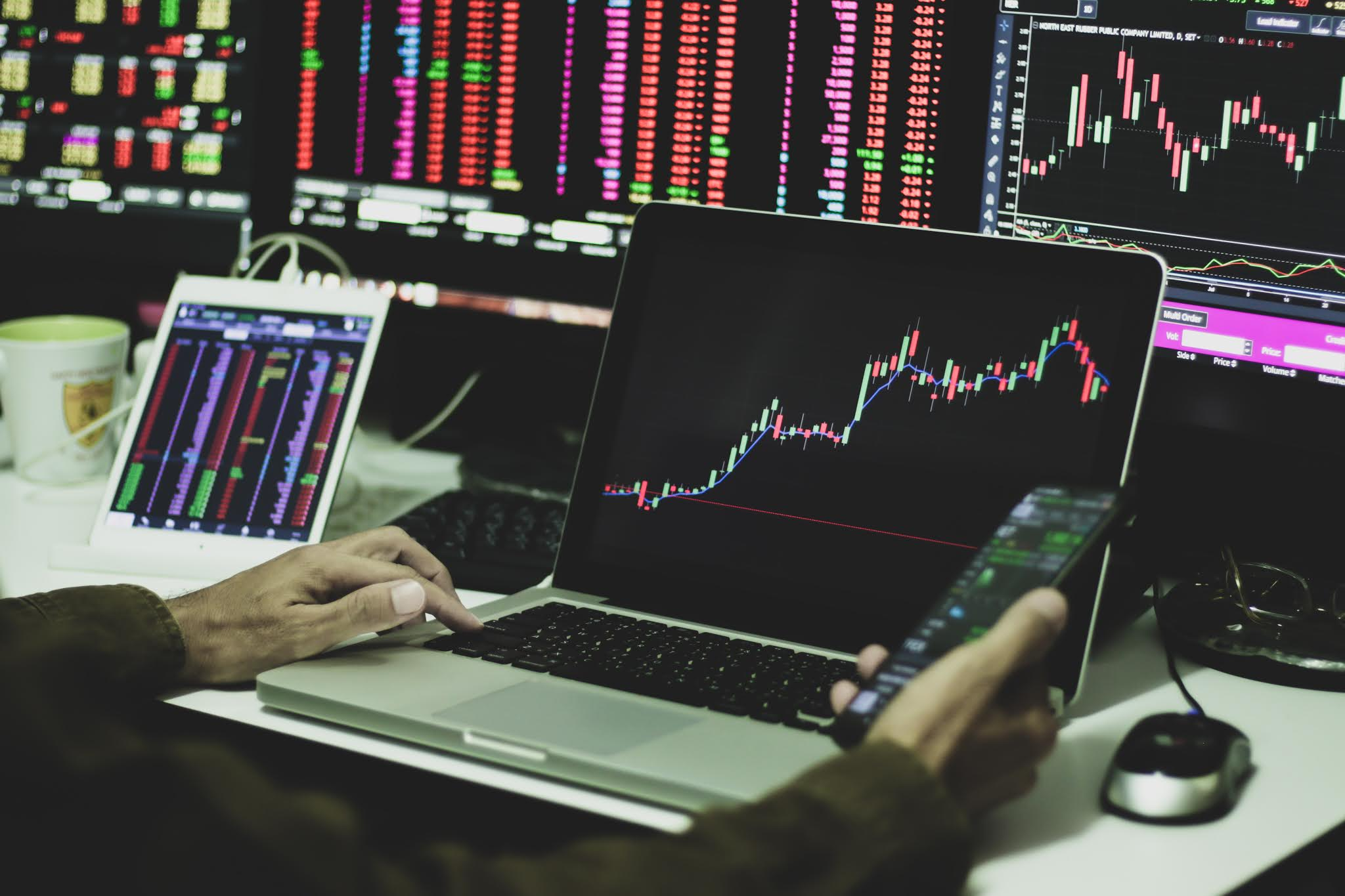 UNDERSTAND WHAT SHARES OR STOCKS ARE