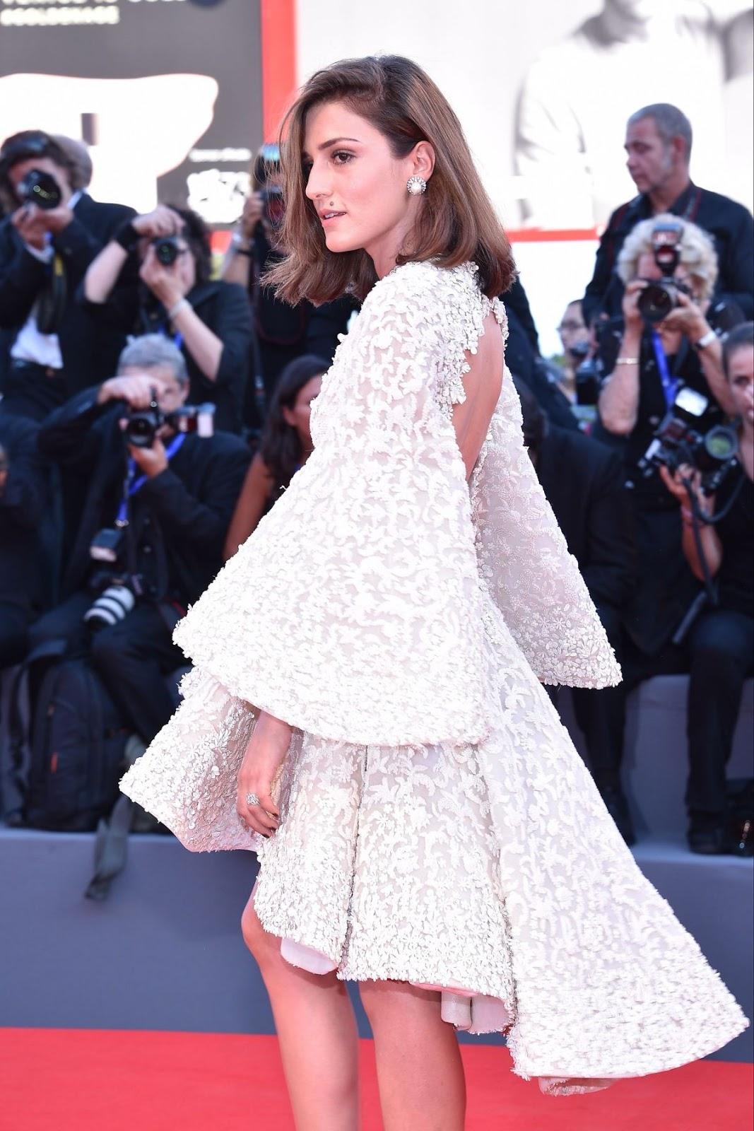 HD Photos of Eleonora Carisi at La La Land Premiere at 2016 Venice Film Festival