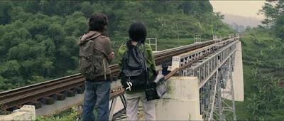 Adegan Film Indonesia yang berjudul Perahu Kertas