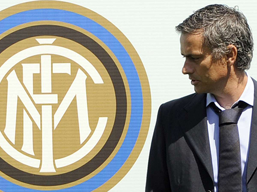 HLV Mourinho bị đội bóng cũ khước từ