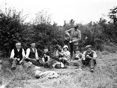 British farmers, 22 August 1941 worldwartwo.filminspector.com