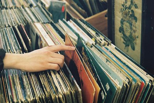 Qual a música mais tocada no dia em que você nasceu?